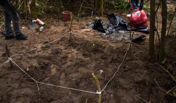 Fiscalía de Veracruz difunde fotos de ropa hallada en fosas 485d29a829058