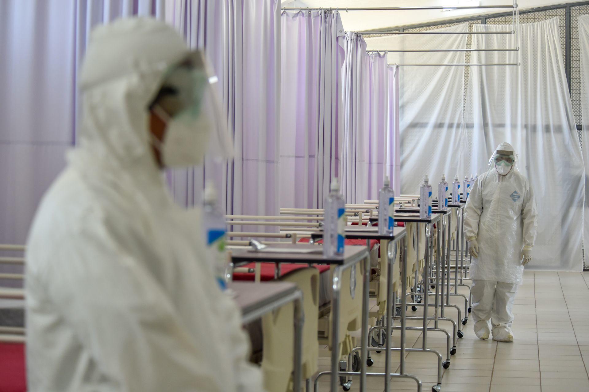 UNAM: Pico de contagios por COVID-19 será el 27 de junio