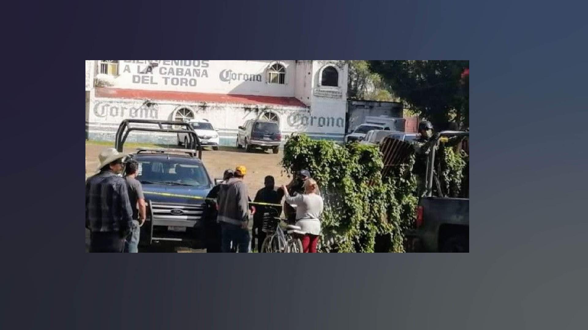 Arde Guanajuato: matan a 11 en un bar y calcinan a 5 en auto